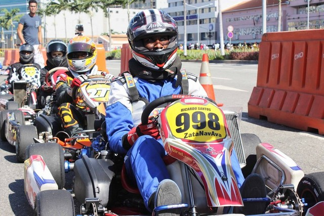 KARTING DO DIA DA PAZ (Foto: Angop)