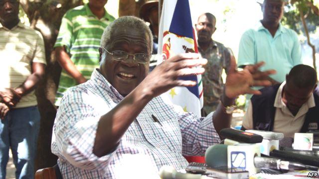 Moçambique: Dhlakama quer asilo diplomático, diz porta-voz da Renamo