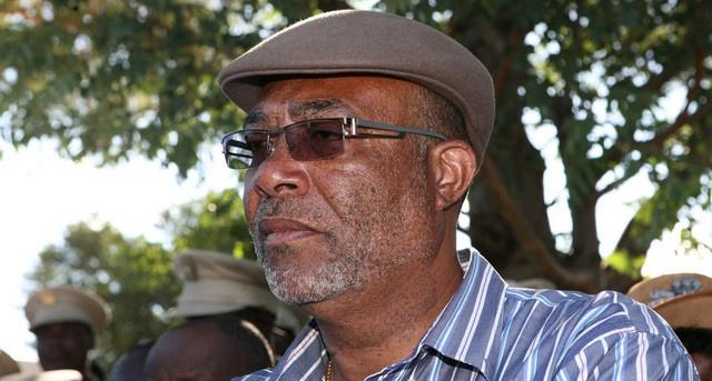 Kwanza Sul: Governador entrega viaturas às administrações municipais