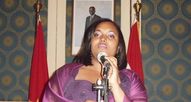 Cantora Selda guisou em Luanda um concerto para todos