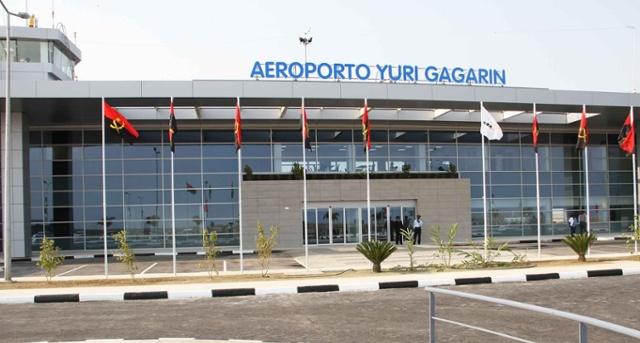 Aeroporto Luanda Chegadas : Namibe aeroporto volta a receber voos regulares à noite