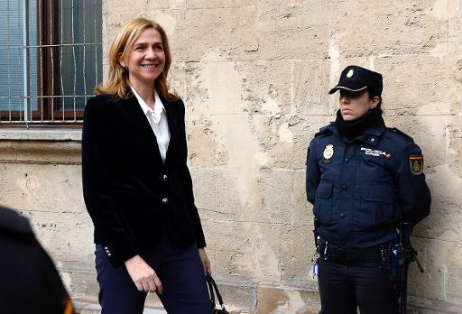 """Caso Infanta Cristina: A monarquia espanhola é """"arcaica e medieval"""""""