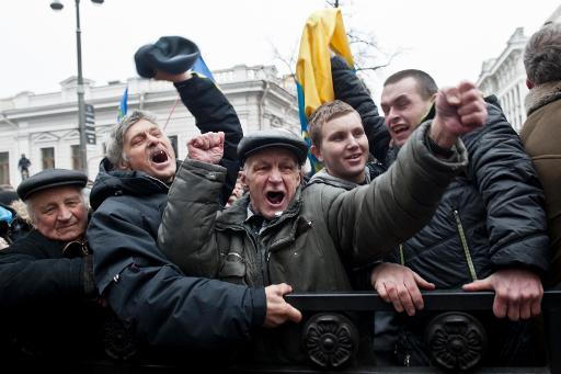 Casa Branca comemora libertação de Tymoshenko e apoia mudanças na Ucrânia