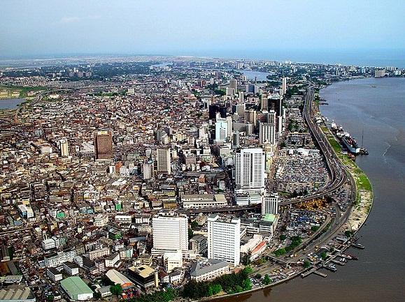 Mais de 500 decisores debatem a resolução da divisão de investimento em infraestruturas em África no AFC Live