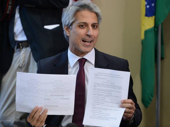 Governo isola PMDB e cede em debate de Marco Civil