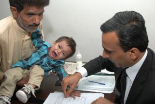 No Paquistão, bebé de nove meses é acusado de tentativa de assassinato