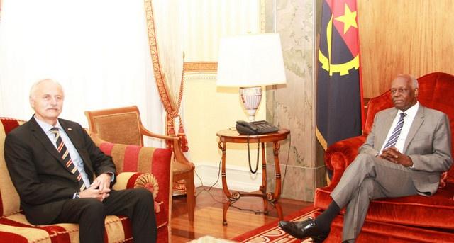 Chefe de Estado discute cooperação com embaixador alemão