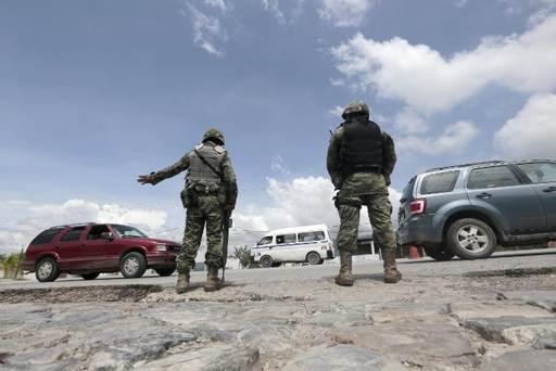 México: polícias são investigados por desaparecimento de 57 estudantes