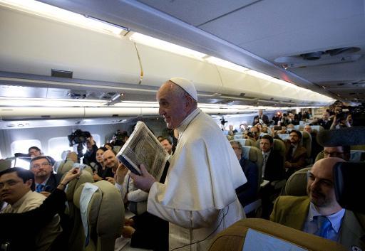 Papa alerta segurança do Vaticano para 'sombras e perigos'