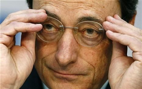 Euro afunda para mínimos de quatro anos com alerta de deflação