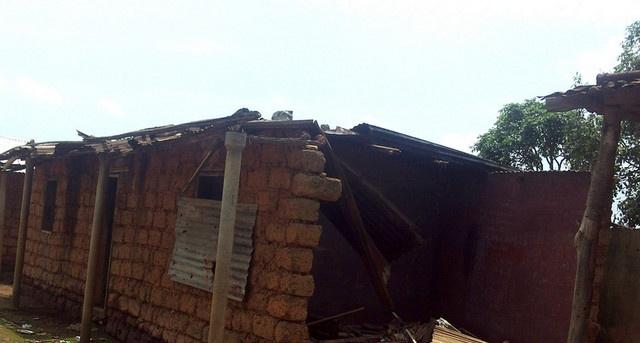 Chuva danifica residências no Bocoio (Foto: Angop)