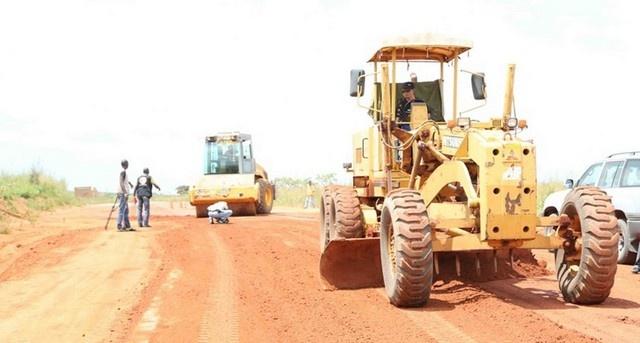 Estradas em reabilitação (Foto: Rosário Santos)