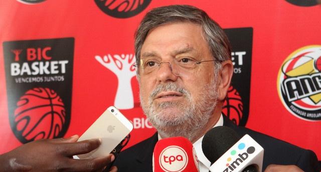 Presidente do banco BIC descarta compra do BFA angolano