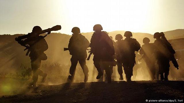 Rússia inicia exercícios militares de larga escala