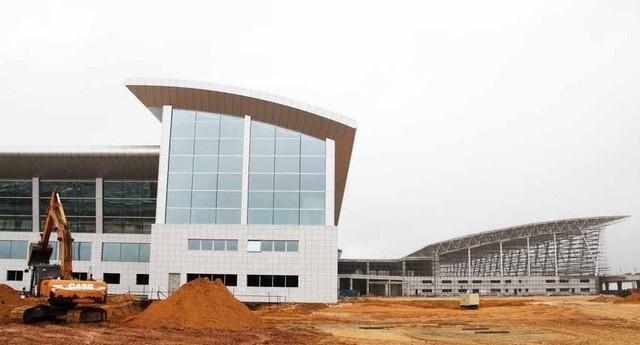 Aeroporto Luanda Chegadas : Presidente visita obras do novo aeroporto internacional de