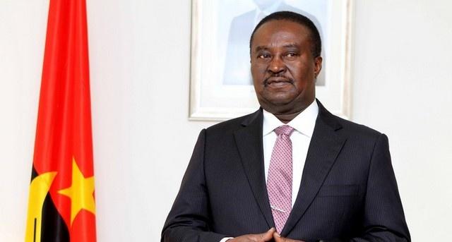 Líder parlamentar avalia desempenho da AN com membros de mesa