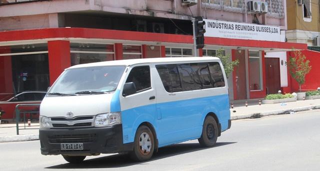 Associação de taxistas e Ministério das Finanças discordam em relação ao preço de táxi