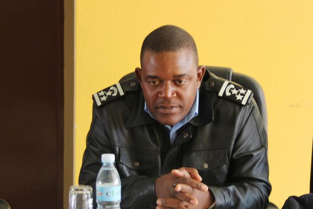 Cunene:Salvador dos Santos, Comandante da Unidade de Trânsito Cunene (Foto: Fabiana Hitalukua)