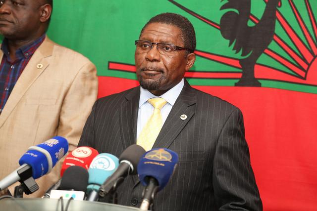 Samakuva recebe peritos da União Africana