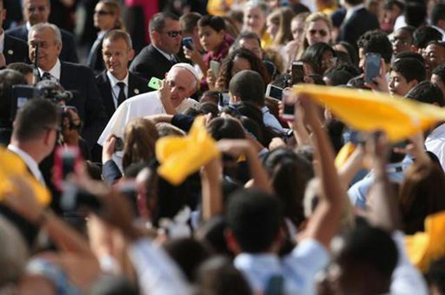 Papa comove Nova York com crianças e em Memorial do 11/9, após discurso na ONU