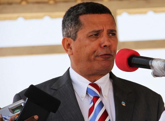 Namibe: Governador ressalta importância das FAA
