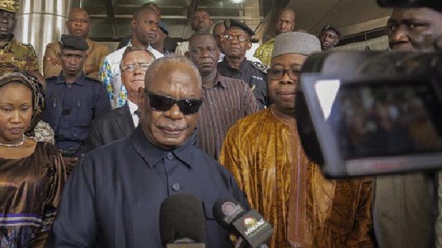 Presidente do Mali convoca população à vigilância