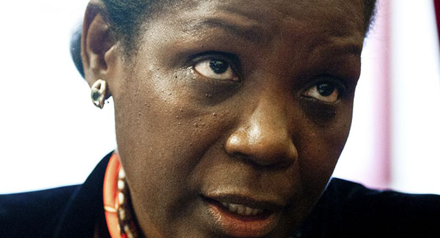 O Portal de Angola, felicita a Drª Francisca Van Dunem