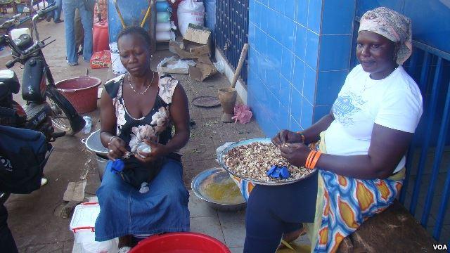 Guiné-Bissau: Discriminação de mulheres é comum, dizem activistas