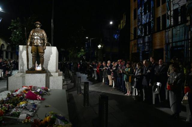 Polícia australiana: adolescente planeava acção terrorista em feriado nacional