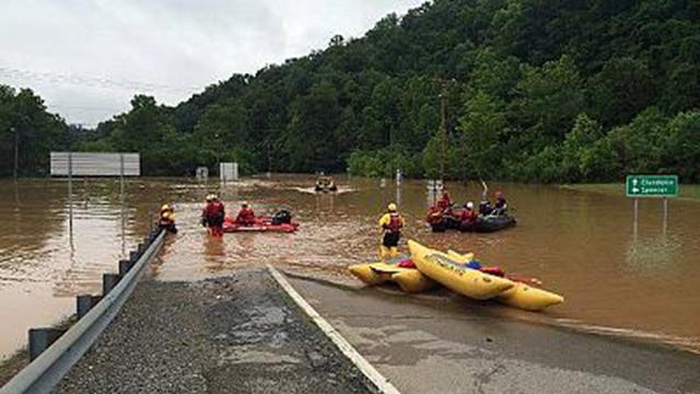 Inundações EUA: número de mortos continua a aumentar