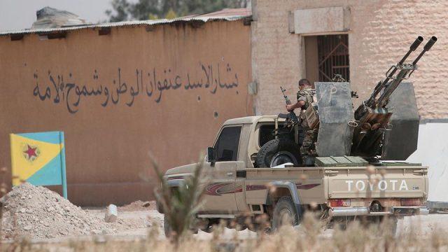 Síria: Curdos sírios e forças do governo chegam a um cessar-fogo em Hasaka