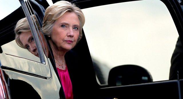 Clinton vai retomar campanha após ataque de pneumonia