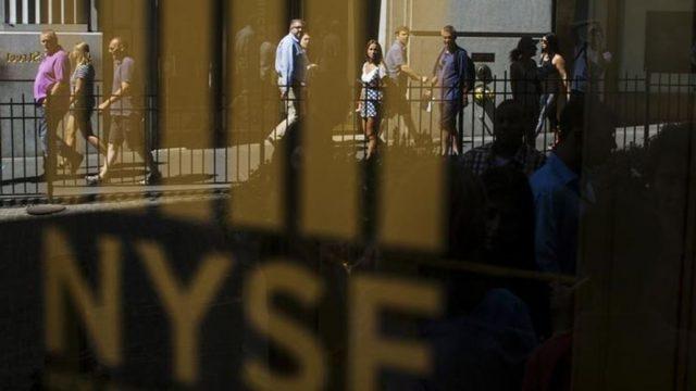 Wall Street regressa aos ganhos com estabilidade do emprego