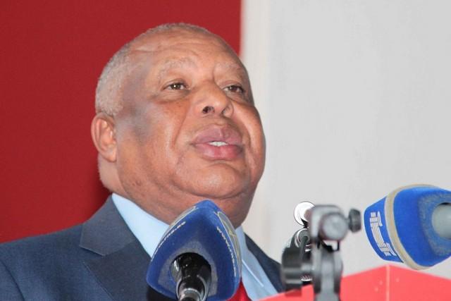Governador de Luanda exonera administradores adjuntos do distrito da Maianga
