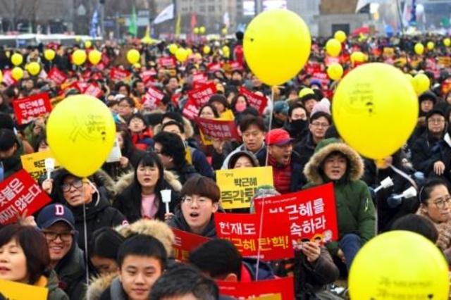 Protestos na Coreia do Sul pressionam tribunal por impeachment