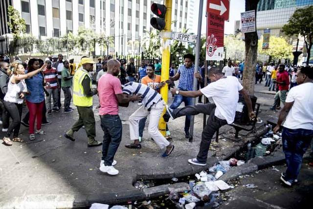 Nigéria: Autoridades pedem intervenção da UA nos ataques xenófobos na África do Sul