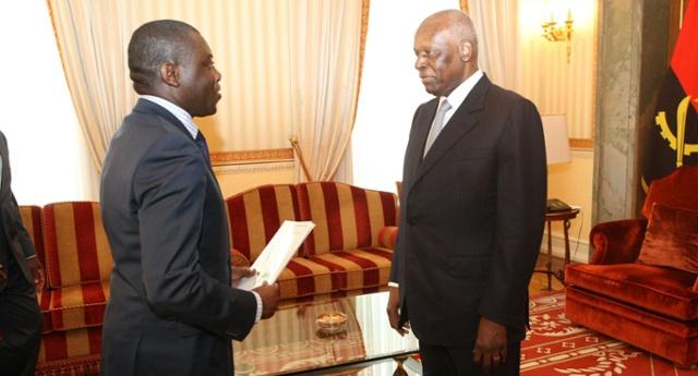 Presidente angolano recebe mensagem do homólogo da RCA