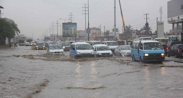 Sobe para 11 o número de vítimas mortais causadas pela chuva em Luanda