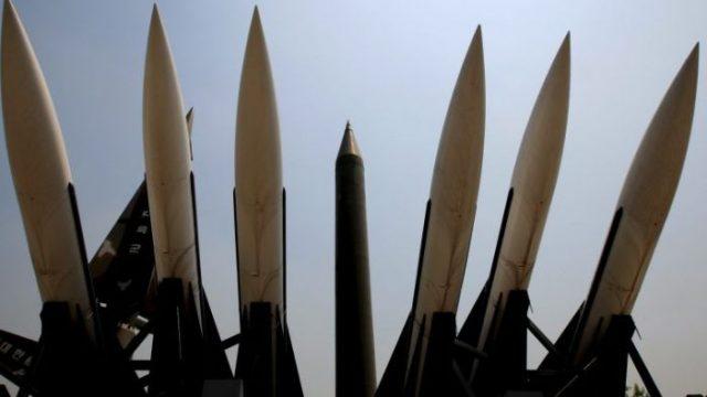 Coreia do Norte faz grande exercício de artilharia de longo alcance