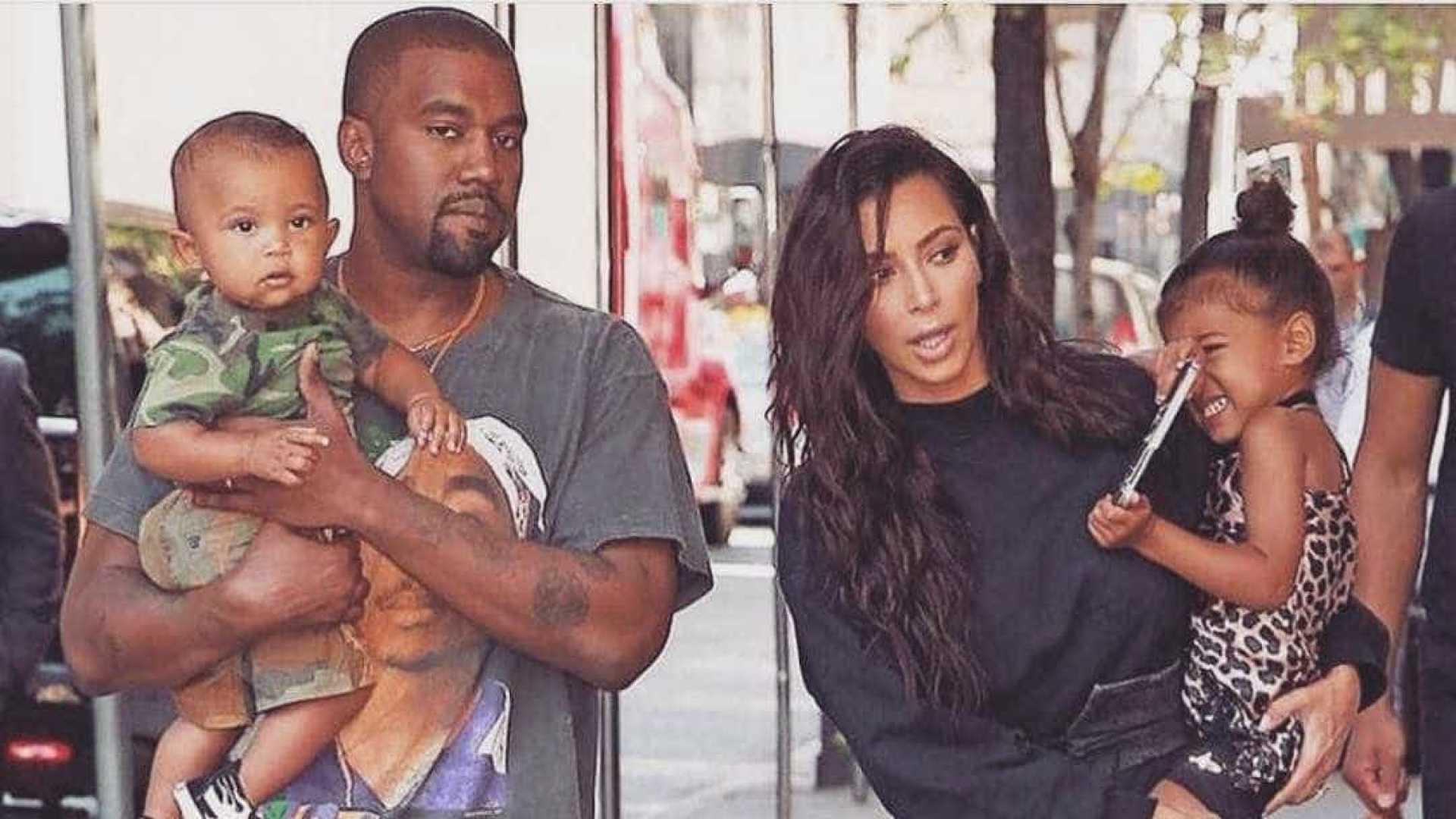 Kim Kardashian esclarece polémica relacionada a segurança do filho