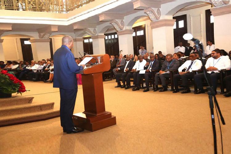 Íntegra do discurso do Chefe de Estado Angolano em Cuba